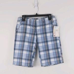 Roxy- Blue plaid Bermuda shorts size 5 (NWT)